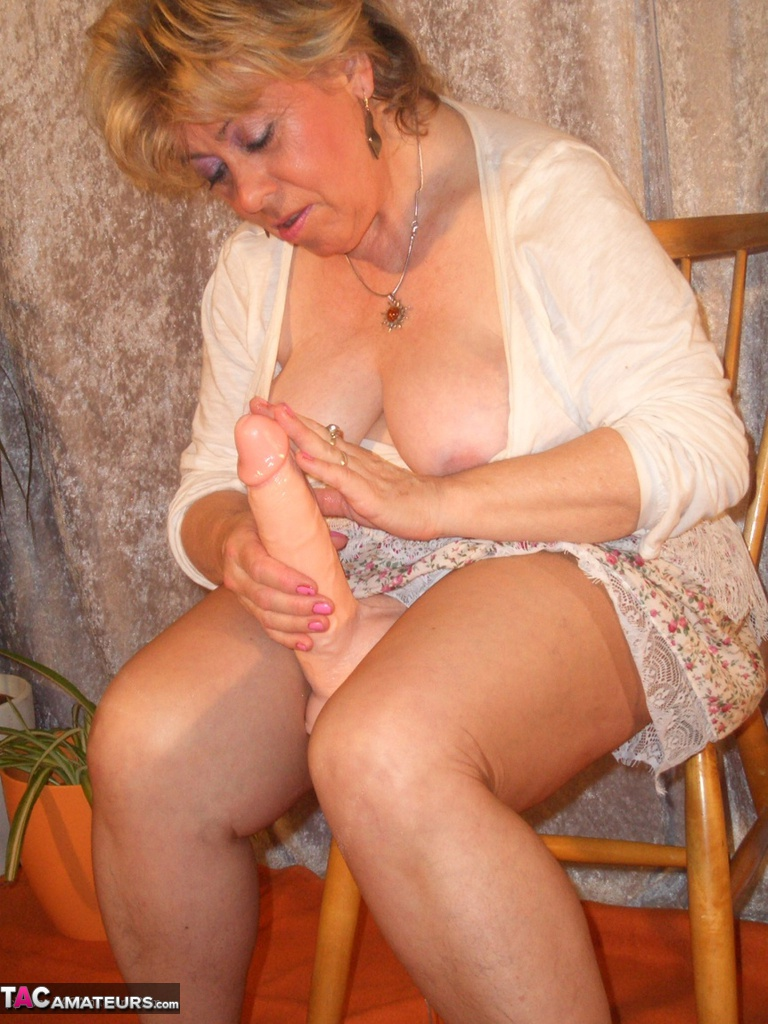 Kinky british granny loves buttplugs and bananas